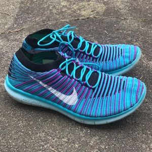 Nike Free And Flexible Flyknit